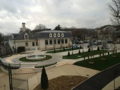 Fontaine circulaire mairie d'athis mons vue de haut