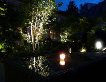 hôtel renaissance éclairage table de nuit