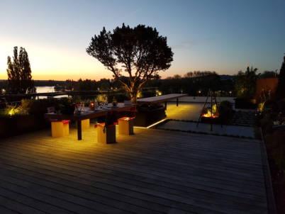 Eclairage de la terrasse lors d'un diner