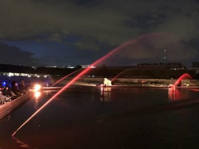 La fontaine du Jardin des Tuileries de nuit
